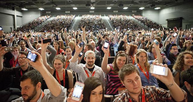 5 Tipps, wie man auf Veranstaltungen twittert und trotzdem nicht das Beste verpasst