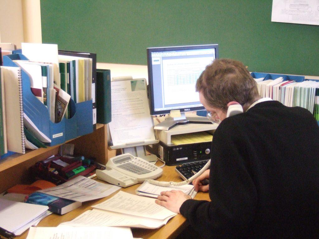 Arbeitswelt ist oft auch Bürowelt - Käfighaltung?