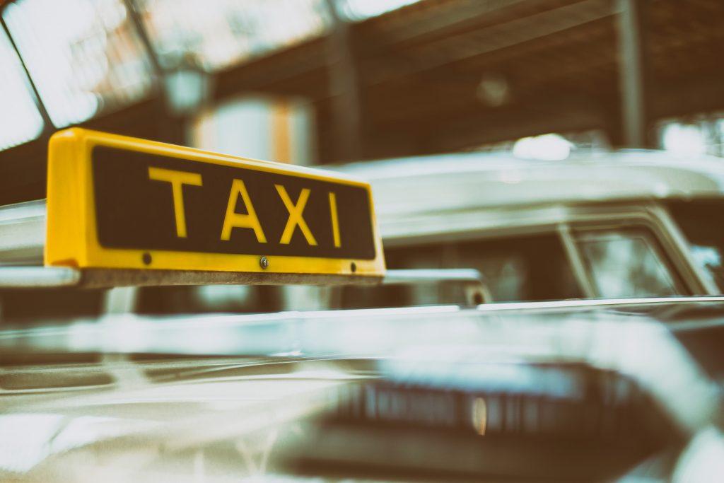 Taxi im Verkehr